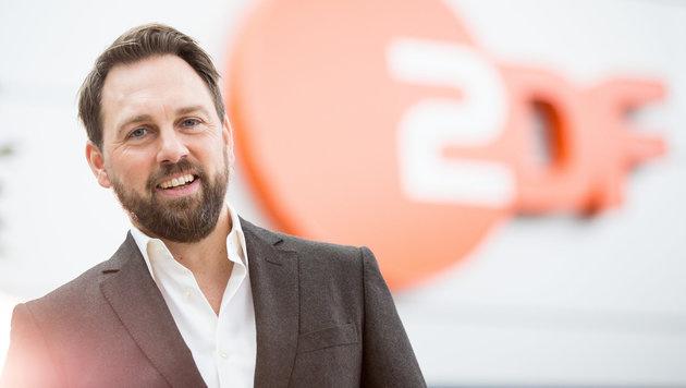 Steven Gätjen startet am Samstag beim ZDF (Bild: APA/dpa/Christian Charisius)