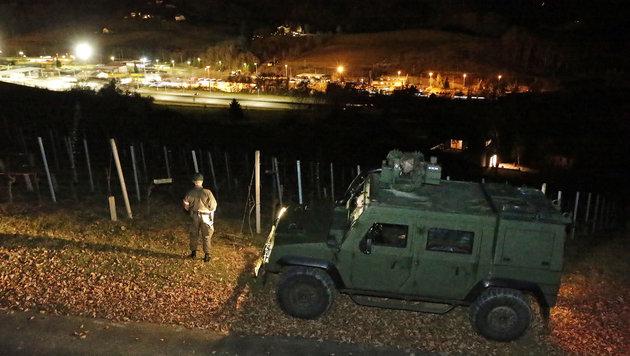 Der Grenz�bergang Spielfeld bei Nacht (Bild: Klemens Groh)