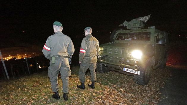 Das Milit�r wacht �ber die neue Grenzmanagement-Anlage. (Bild: Klemens Groh)
