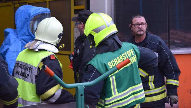 Chemieunfall: Kniffliger Einsatz in Metallbetrieb (Bild: FF Amstetten)