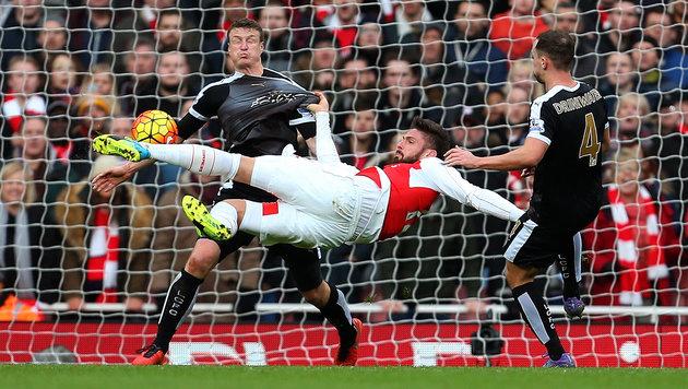 "Liverpool zerlegt Villa 6:0, Arsenal biegt ""Foxes"" (Bild: GEPA)"