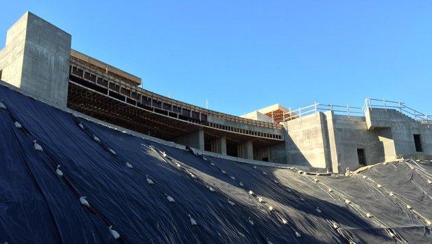 """Der Bau der """"Giga-Villa"""" geht voran. (Bild: ORANGE COUNTY REGISTER, JEFF COLLINS)"""