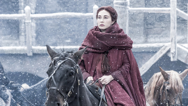 "Carice van Houten in ihrer Rolle als Melisandre in ""Game of Thrones"" (Bild: HBO)"