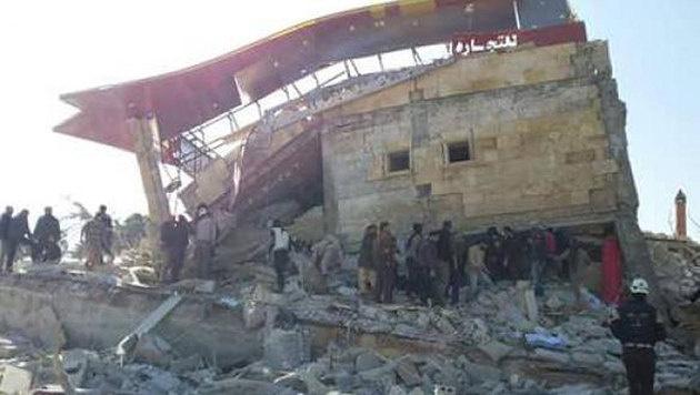 Das zerst�rte Spital in der Provinz Idlib (Bild: facebook.com/msf)