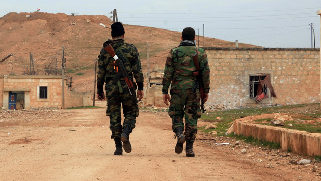 Soldaten der Assad-Armee (Bild: APA/AFP/GEORGE OURFALIAN)