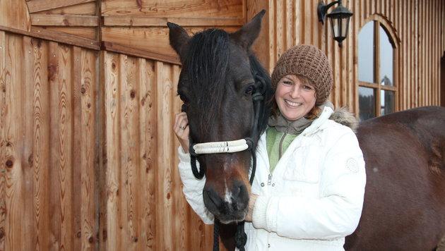 """Nicole Haderer mit """"Sancho"""" (Bild: Sabine Salzmann)"""