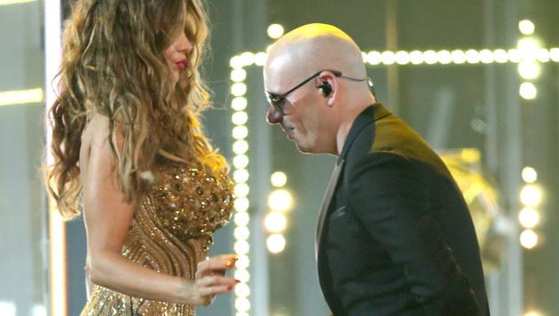 Sofia Vergara und Pitbull gingen auf Tuchfühlung. (Bild: Matt Sayles/Invision/AP)