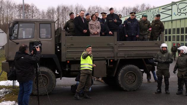 Pr�sentation des neuen Grenzmanagements in Spielfeld (Bild: AP)
