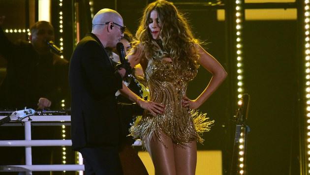 Mit diesem Tänzchen war Sofia Vergara eindeutig die Überraschung des Abends. (Bild: APA/AFP/ROBYN BECK)