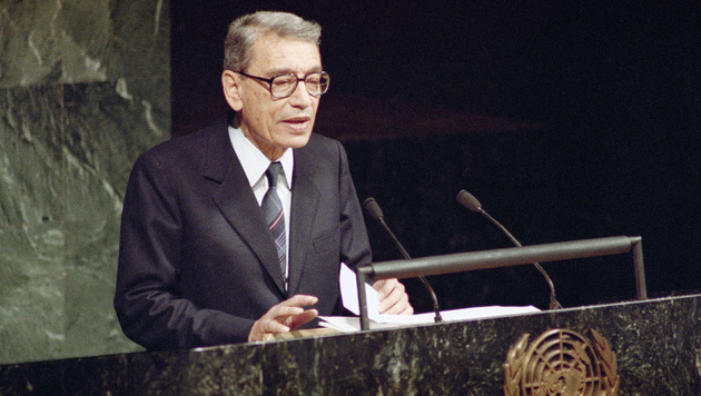 Boutros Boutros-Ghali am 1. J�nner 1992 bei seiner Antrittsrede vor den Vereinten Nationen (Bild: AP)
