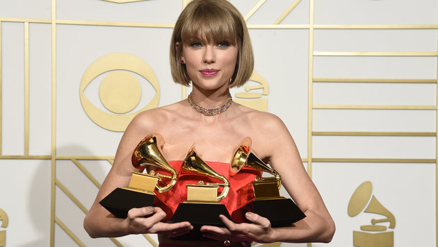 Taylor Swift bei der Grammy-Verleihung (Bild: Chris Pizzello/Invision/AP)
