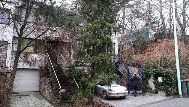 In diesem Haus in Döbling kam es zum brutalen Überfall. (Bild: Andi Schiel)