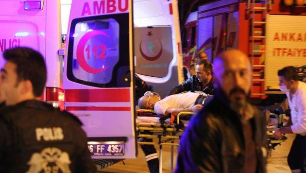 Ankara: 28 Tote bei Anschlag auf Militärkonvoi (Bild: APA/AFP/STR)
