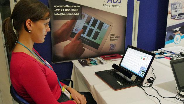 Mit der Augensteuerung von Irisbond können Menschen Computer bedienen, ohne ihre Hände zu benutzen. (Bild: Dominik Erlinger)