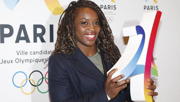 Judo-Lady Gevrise Emane posiert für die Bewerbung von Paris für die Spiele 2024 (Bild: APA/AFP/FRANCOIS GUILLOT)