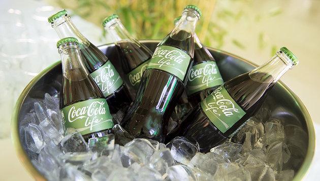"""Coca-Cola wird jetzt auch in Österreich """"grün"""" (Bild: Coca-Cola GmbH/APA-Fotoservice/Hörmandinger)"""