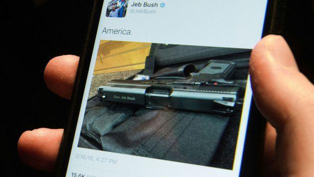 Jeb Bush sorgt mit Pistolen-Tweet für Aufsehen (Bild: APA/AFP/NICHOLAS KAMM)