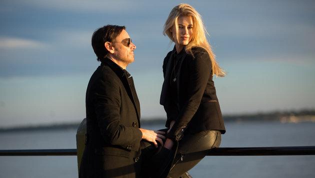 Larissa Marolt mit Whitney Sudler-Smith (Bild: Viennareport)