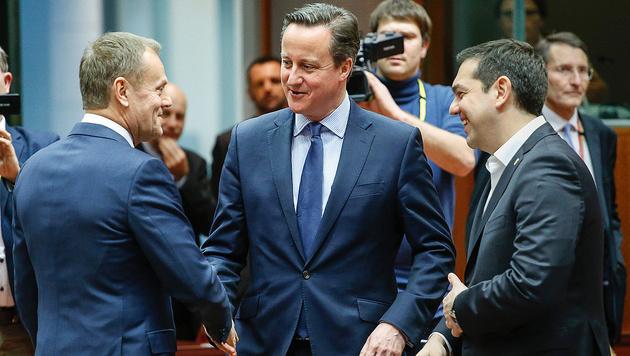EU-Ratspräsident Donald Tusk, David Cameron und Alexis Tsipras (v.l.n.r.) (Bild: APA/AFP/POOL/STEPHANE DE SAKUTIN)
