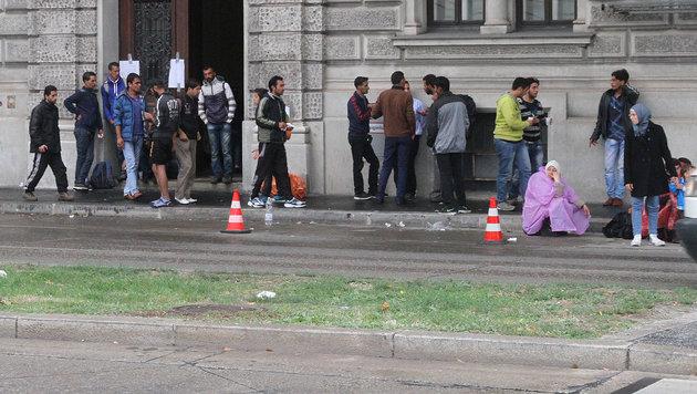 Mindestsicherung lockt Flüchtlinge nach Wien (Bild: Andi Schiel)