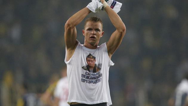 Putin-Shirt: Teamspieler muss 300.000 Euro blechen (Bild: AP)