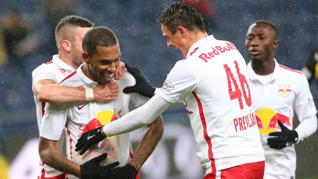 Red Bull Salzburg feiert 2:0-Sieg gegen Altach (Bild: GEPA)