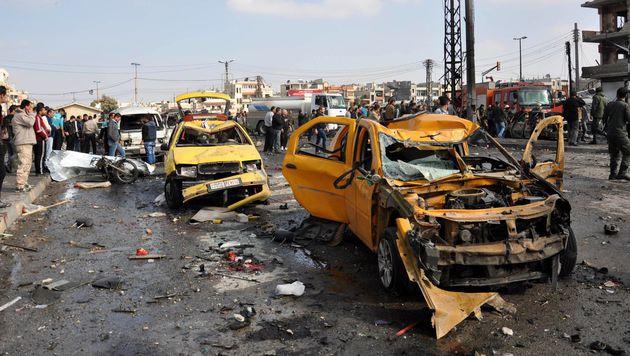 Über 120 Bomben-Tote in Damaskus und Homs (Bild: APA/AFP/STRINGER)