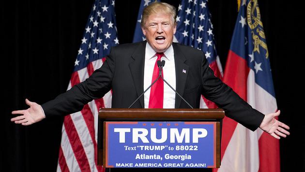 Donald Trump ruft zum Boykott von Apple auf (Bild: AP)