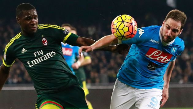 Napoli verpasst mit 1:1 gegen Milan Liga-Führung (Bild: AFP or licensors)