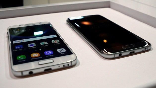 Kein USB-C: Samsung bleibt beim Galaxy S7 weiterhin microUSB treu. (Bild: Dominik Erlinger)