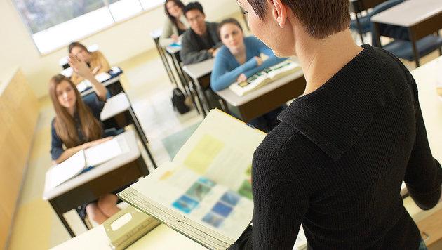 Lehrerin von Schülern als Seriendiebin entlarvt (Bild: thinkstockphotos.de (Symbolbild))