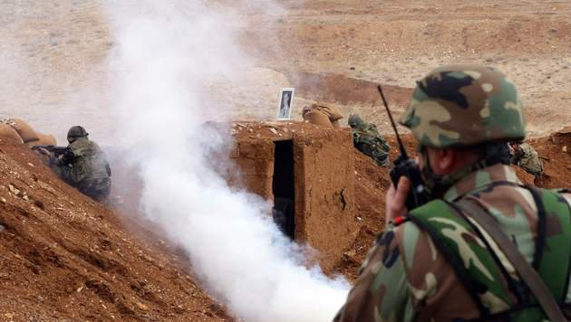 Kämpfe in Syrien (Bild: APA/AFP/Louai Beshara)