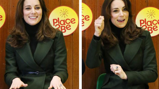 Herzogin Kate hat sichtlich Spaß beim Besuch einer Volksschule und singt mit den Kindern ein Lied. (Bild: AFP)
