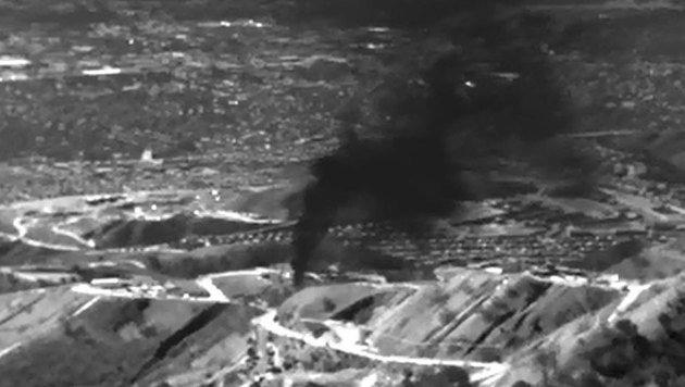 Eine Infrarot-Aufnahme zeigt das ausströmende Gas in Porter Ranch. (Bild: APA/AFP/Enviromental Defense Fund)