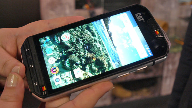 CAT S60: Das erste Wärmebild-Handy im MWC-Kurztest (Bild: Dominik Erlinger)