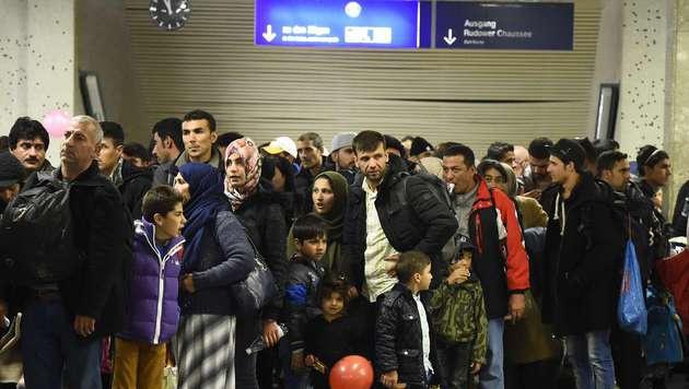 D: 700 Euro f�r Afghanen, die freiwillig ausreisen (Bild: AFP)