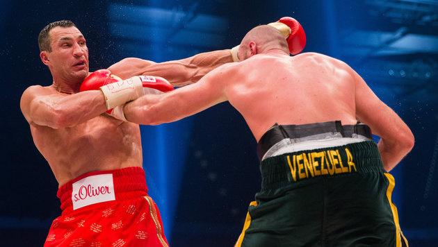 Olympia? Unwichtig! Klitschko ist heiß auf Fury (Bild: APA/dpa/Rolf Vennenbernd)