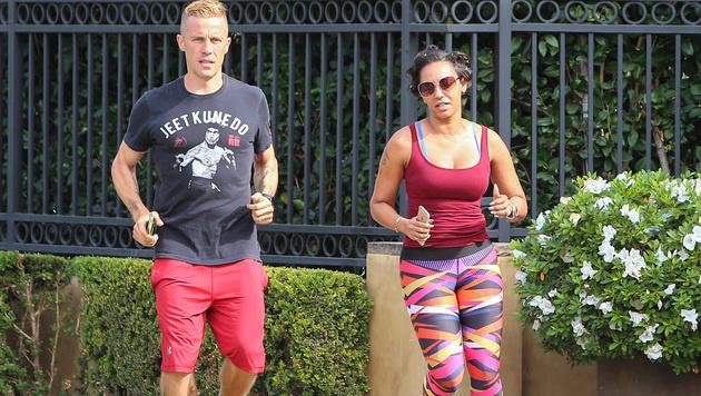Mel B geht mit Lockenwicklern im Haar joggen. (Bild: Viennareport)