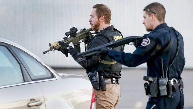 Die Polizei hat vermutlich weitere Menschenleben gerettet. (Bild: ASSOCIATED PRESS)