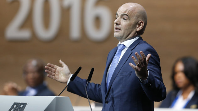 """Panama-Leaks"": Polizei durchsucht UEFA-Zentrale (Bild: AP)"