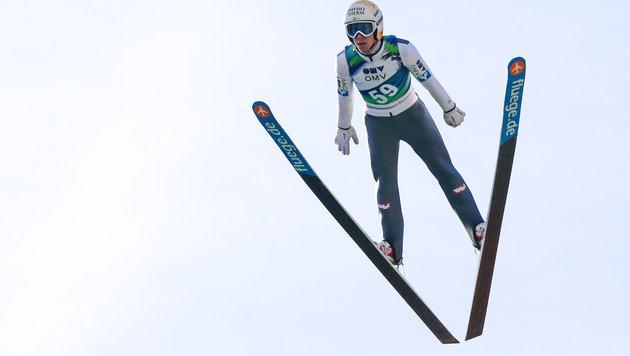 Skispringer-Schock: Diethart schwer gestürzt (Bild: GEPA)