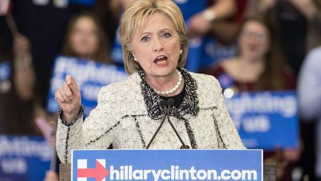 E-Mail-Affäre holt Clinton im US-Wahlkampf ein (Bild: AFP)