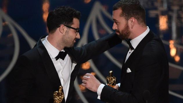 "Sam Smith gewinnt den Oscar für seinen Bond-Song ""Writings On The Wall"". (Bild: APA/AFP/MARK RALSTON)"