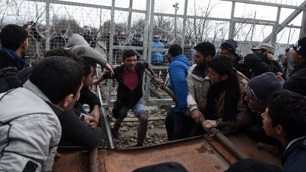 Flüchtlingswelle: Griechen bangen um Urlaubssaison (Bild: ASSOCIATED PRESS)