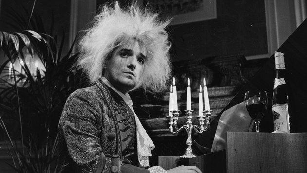 "Hansi Hölzel alias ""Falco"" in seiner Rolle als moderner Mozart (Bild: Dolezal)"