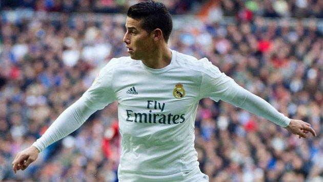 Real-Star James muss 10.400 Euro Strafe zahlen (Bild: APA/AFP/CURTO DE LA TORRE)