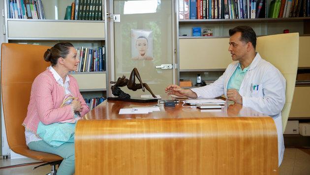 Maria beim Arzt (Bild: ORF)