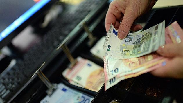 Nationalrat entschärft Registrierkassenpflicht (Bild: APA/ROLAND SCHLAGER)