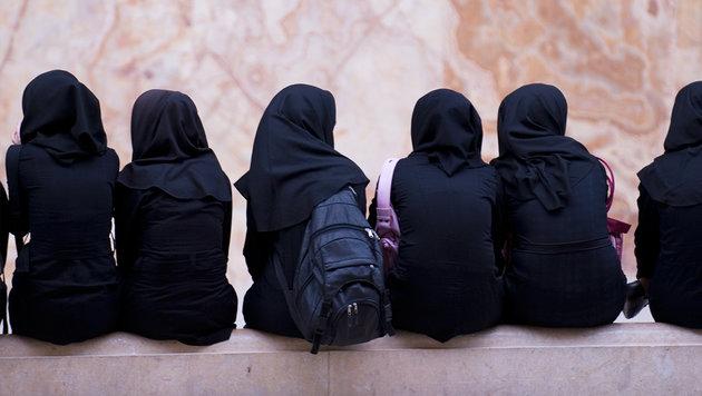 """""""Eine gut integrierte Frau braucht kein Kopftuch"""" (Bild: thinkstockphotos.de (Symbolbild))"""