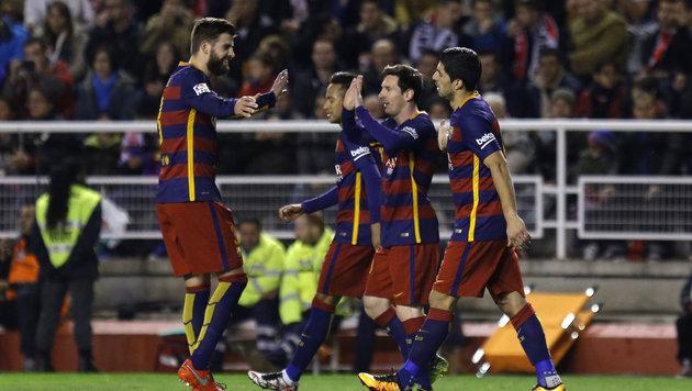 Messi-Triplepack bei Barcas Sieg gegen neun Mann (Bild: AP)